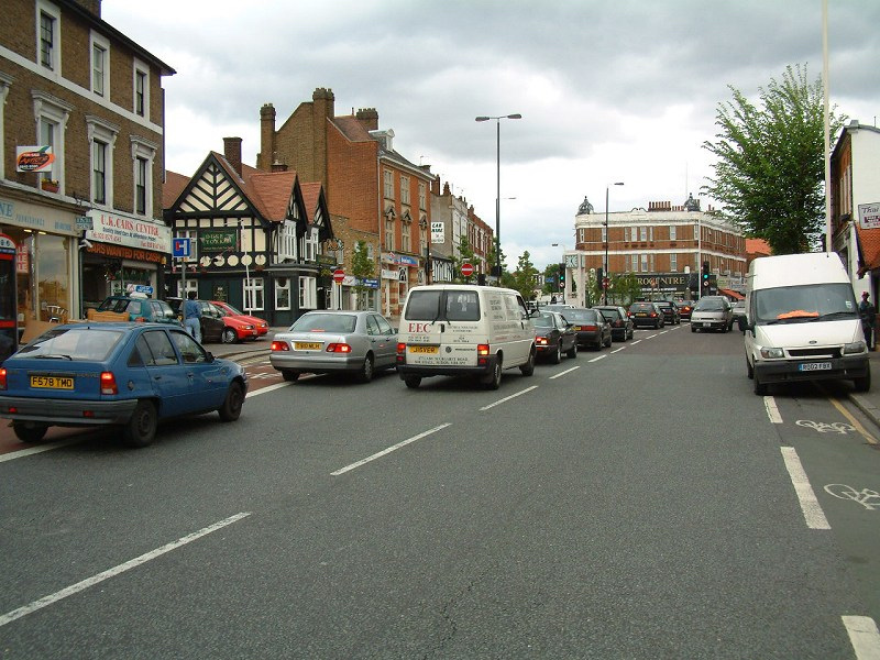 Hanwell High Street in 2002