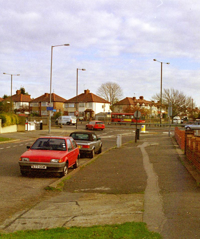 Warren Drive North - 1999