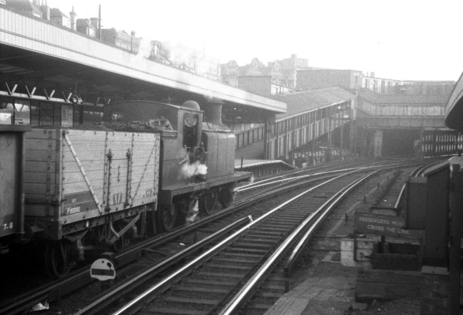 West Croydon Railway Station c1959