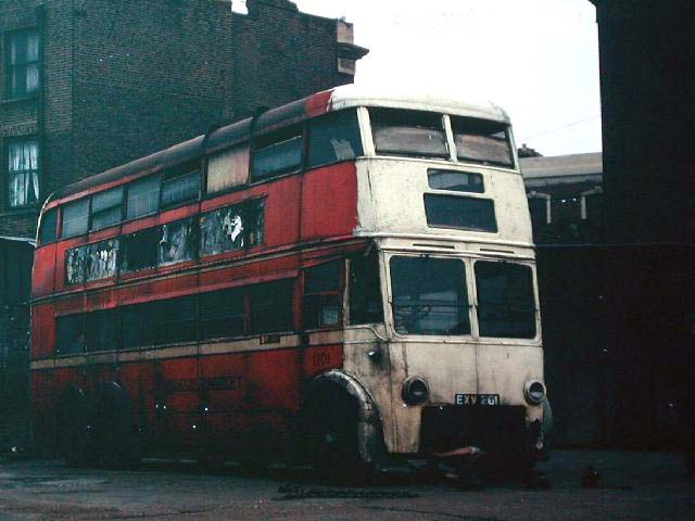 1201 at Welton Autos, Holland Park 24 August 1968